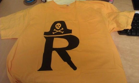 R-Shirt